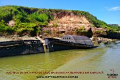 Com seca de rio, navio do Ciclo da Borracha reaparece em Tarauacá